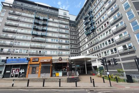 1 bedroom flat to rent - The Vista Building, Calderwood Street, Woolwich, London SE18