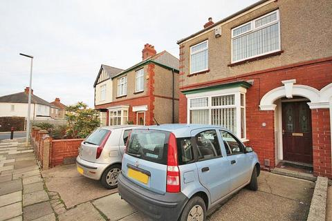 3 bedroom semi-detached house for sale - ELM AVENUE, GRIMSBY