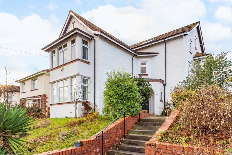 5 Bedrooms Detached House for sale in Cranbrook Road, Bristol