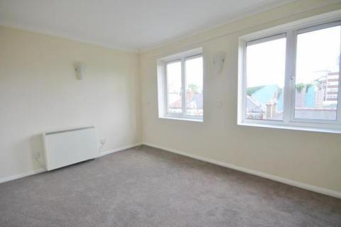 Studio to rent - Wyndhams Court, Croydon, London, CR7 7HP