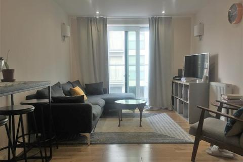 1 bedroom flat to rent - Maypole Court, Mantle Road, London, London, SE4 2DU