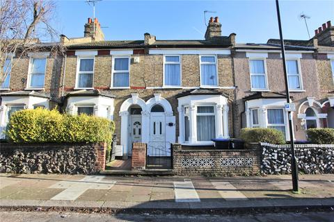 3 bedroom terraced house to rent - Hawthorn Road, London, N18