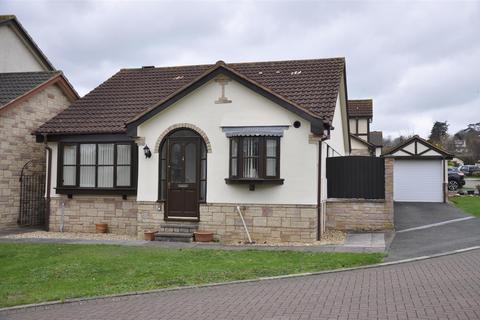 2 bedroom detached bungalow for sale - Pinhoe, Exeter