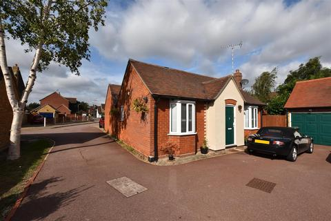1 bedroom bungalow for sale - Hobbiton Hill, South Woodham Ferrers