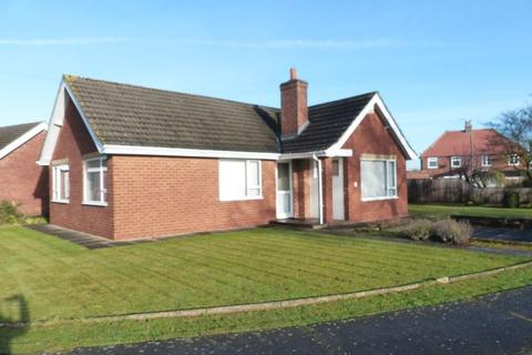 3 bedroom bungalow for sale - The Crescent, Lincoln