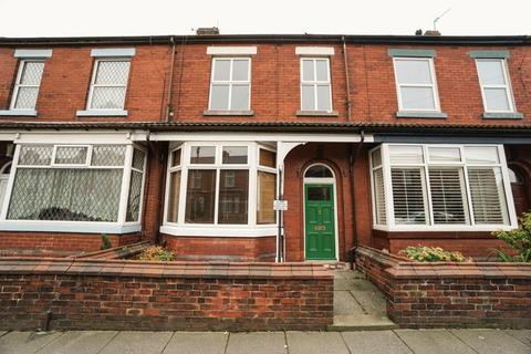 3 bedroom terraced house for sale - Victoria Road, Bolton