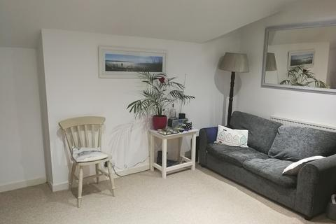 2 bedroom flat to rent - Grove Road North, Southsea, PO5 1JL