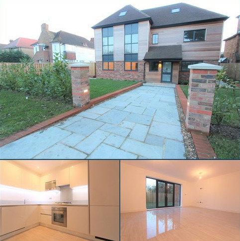 2 bedroom ground floor maisonette to rent - Bramley Road, Oakwood, N14