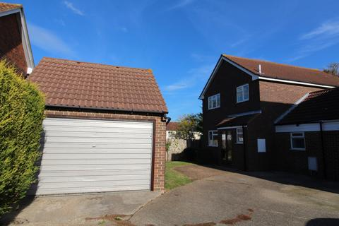 5 bedroom detached house for sale - Corral Close, Chatham, Kent, ME5
