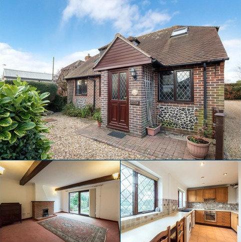 2 bedroom detached bungalow for sale - Prinsted, Emsworth, PO10