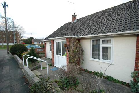 2 bedroom bungalow to rent - Cricket Ground Road, Norwich