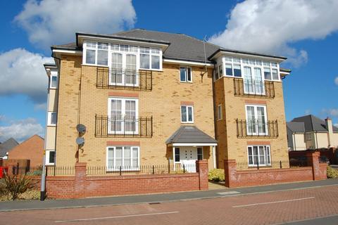 2 bedroom flat to rent - St Crispins Crescent, St Crispins, Northampton NN5 6GD
