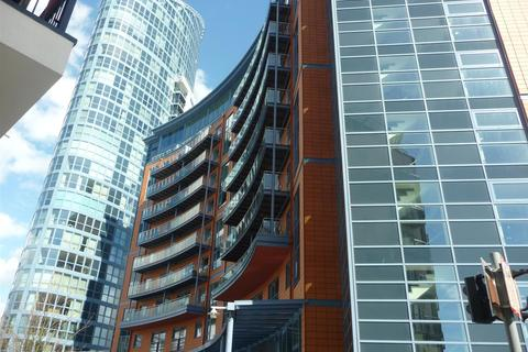 1 bedroom apartment to rent - The Crescent, Gunwharf Quays, Portsmouth