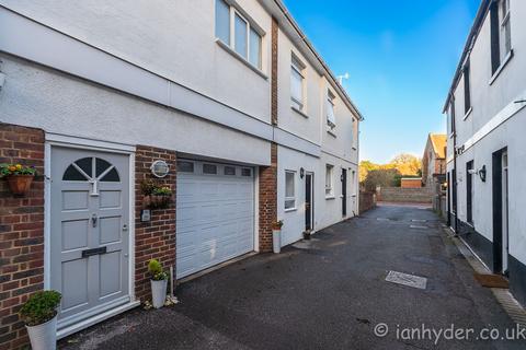 2 bedroom mews to rent - Olde Place Mews, High Street, Rottingdean, , Brighton BN2