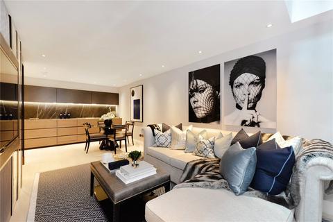 4 bedroom mews to rent - Clabon Mews, London