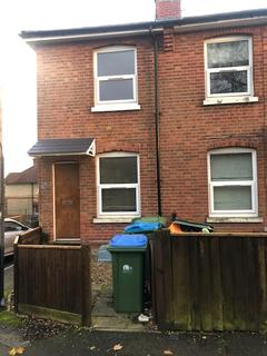 4 bedroom end of terrace house to rent - Highcrown Street, Southampton, SO17 1QF
