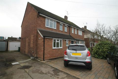 3 bedroom semi-detached house to rent - Feltham Hill Road, Ashford, Surrey