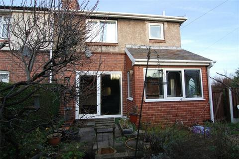3 bedroom semi-detached house for sale - 30 Knollbeck Avenue, Brampton, BARNSLEY, South Yorkshire