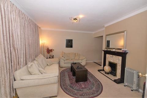 3 bedroom semi-detached house to rent - Hainault Road, Leytonstone, London. E11