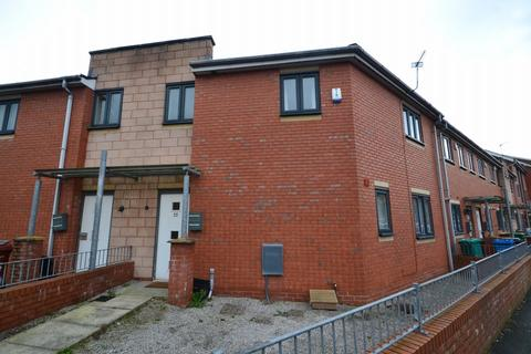 3 bedroom terraced house to rent - New Welcome Street, Hulme. Manchester M15 5NA