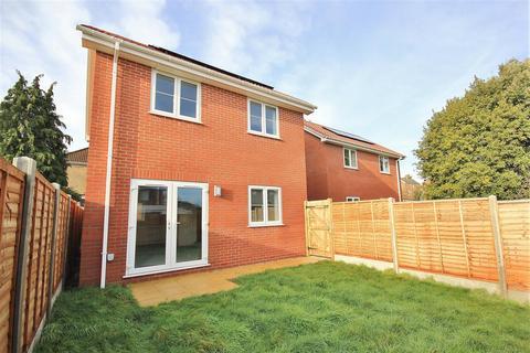 3 bedroom detached house for sale - Farcroft Road, Parkstone, Poole