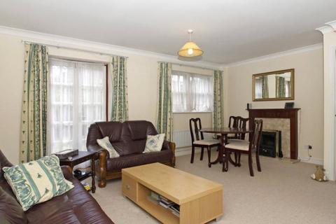 3 bedroom house to rent - Oliver Mews, London, SE15