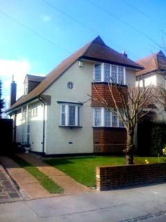 2 bedroom terraced house to rent - Pytchley Crescent, Upper Norwood, London, SE19 3QT