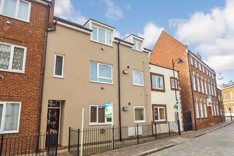 1 bedroom apartment for sale - Lawson Court, Little High Street, Hull, HU1 1HA