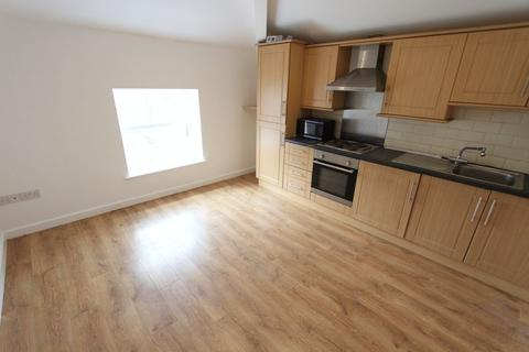 2 bedroom apartment to rent - Hicks Road, Waterloo, L22