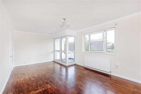 3 bedroom flat for sale - Jeffrey's Road, London, London, SW4