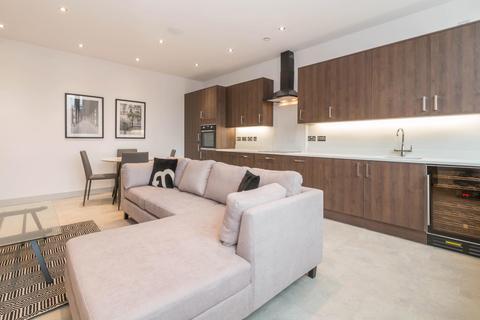 2 bedroom apartment to rent - St James' Court, Lionel Street, B3 1AQ