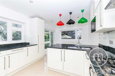 3 bedroom semi-detached house to rent - Greenfield Gardens, Cricklewood, NW2