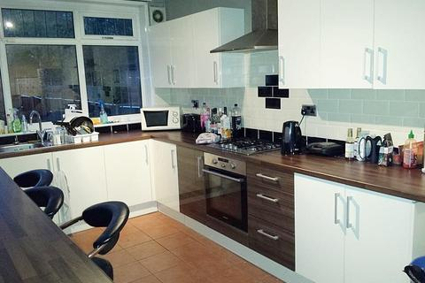 5 bedroom house to rent - Derby Road, Fallowfield, Manchester
