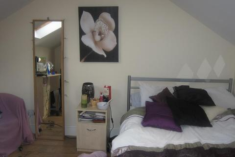 6 bedroom house to rent - Moseley Road, Fallowfield, Manchester