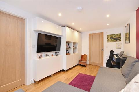 3 bedroom terraced house for sale - Matlock Road, Sheffield