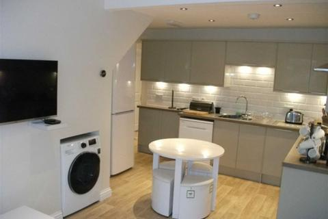1 bedroom house share to rent - Clifton Road, Eccles, Manchester, M30