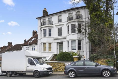 2 bedroom flat to rent - Eglinton Hill, SE18