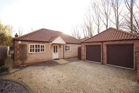4 bedroom detached bungalow for sale - Nocton Park Road, Nocton