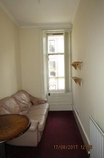 2 bedroom flat to rent - Victoria Road, City Centre