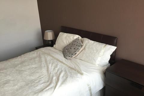 4 bedroom terraced house to rent -  Walpole Street, Whitmore Reans, Wolverhampton, WV6
