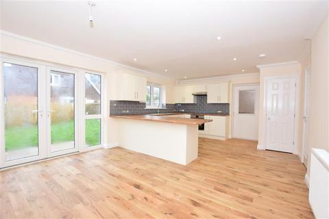 4 bedroom detached house for sale - Hillyfields Rise, Ashford, Kent