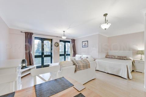 Studio for sale - George Leybourne House, Fletcher Street, London, E1