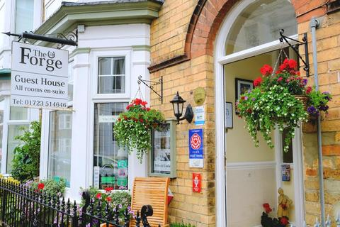 Guest house for sale - Rutland Street, Filey, North Yorkshire, YO14 9JA