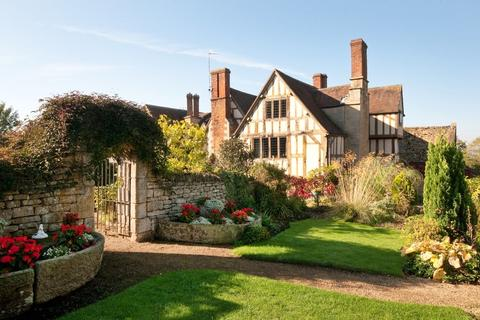 8 bedroom manor house for sale - Bredons Norton