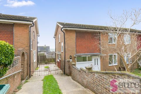 3 bedroom semi-detached house to rent - Netherfield Green, Woodingdean , Brighton