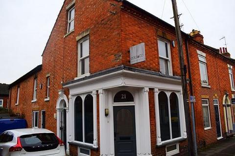 2 bedroom flat to rent - Cyril Street, Northampton, NN1 5EL