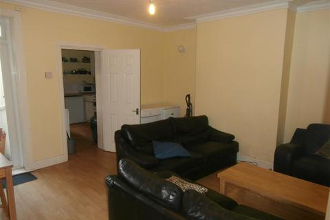 5 bedroom terraced house to rent - Earls Road, Southampton