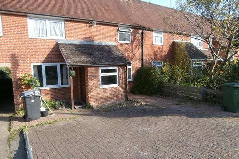 4 bedroom semi-detached house to rent - Cromwell Road, Winchester