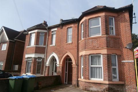 6 bedroom semi-detached house to rent - Arthur Road, Southampton