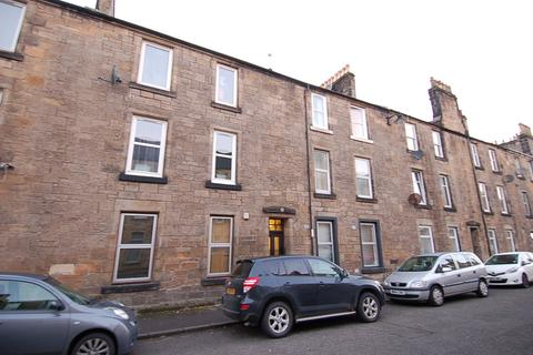 2 bedroom apartment to rent - Bruce Street.